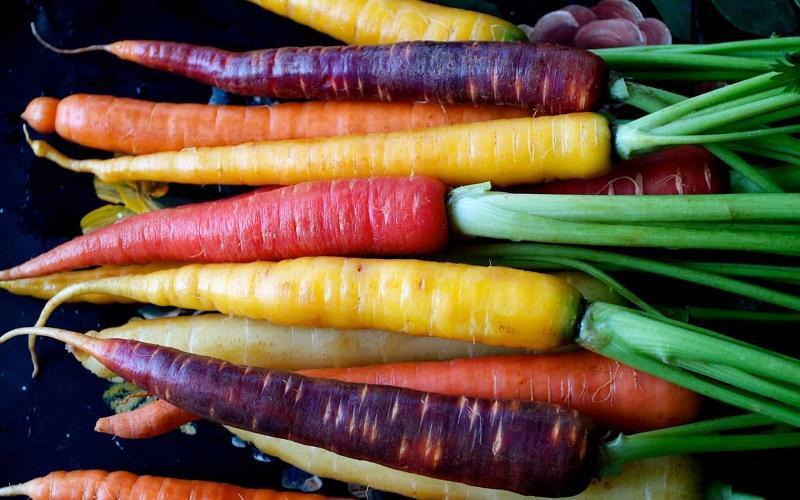 خوردن هویج
