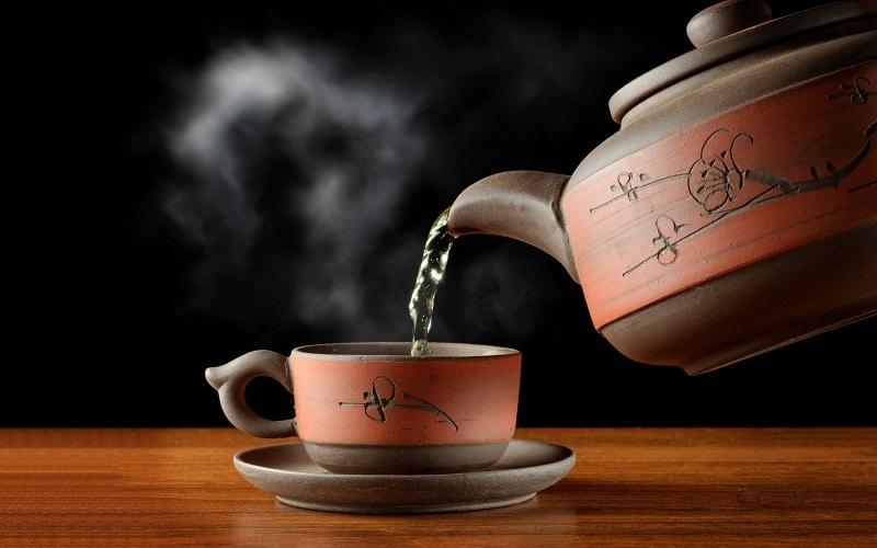 اثرات مثبت و منفی نوشیدن چای