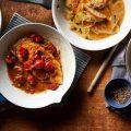 سینه مرغ با سس بالزامیک و گوجه فرنگی